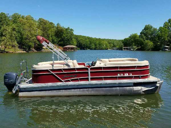 24 foot Sweetwater Pontoon seats 10-12 people and has a 90hp Yamaha 4-stroke motor